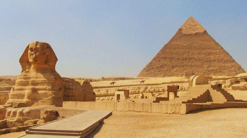 10 Objek Wisata Populer Di Mesir Wajib Anda Kunjungi