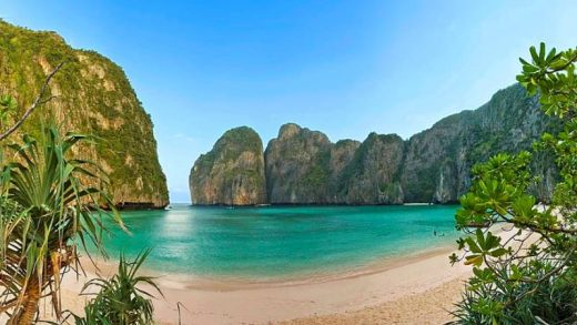 4 Tempat Wisata Paling Hits di Pulau Ko Phi Phi Le, Thailand